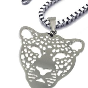 Gorgeous-Stainless-Steel-Silver-Colored-Panther-Face-Pendant-with-14-Box-Chain-18-Inches-B019YM8YFC