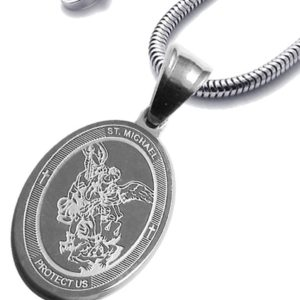 Set-Oval-Saint-Michael-Stainless-Steel-Saint-Michael-Medal-Patron-of-Police-Protect-Us-Snake-Chain-B01G7U28VA